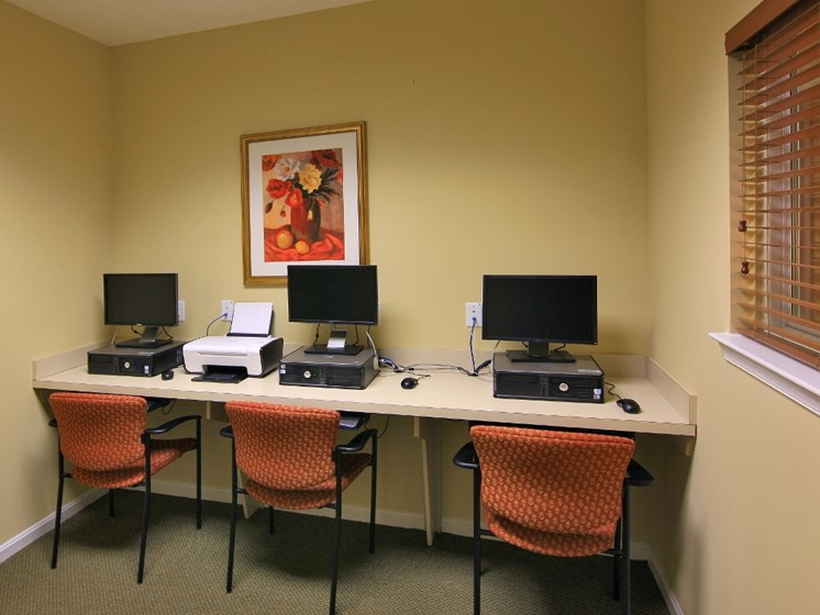 computer room business center lounge affordable