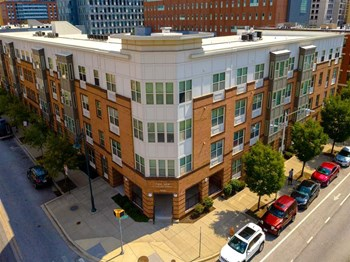 1705 East Eager Street 1-2 Beds Apartment for Rent Photo Gallery 1