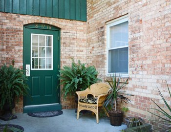5217 Dorshire Rd, Apt. 7 1-3 Beds Apartment for Rent Photo Gallery 1