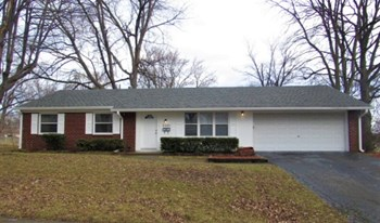 2001 Schwier Court Indianapolis IN 46229 3 Beds House for Rent Photo Gallery 1