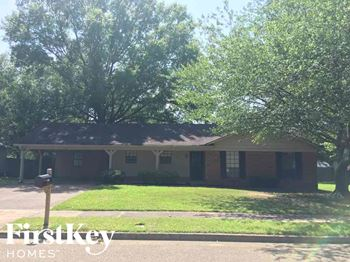 3075 Barrycrest Drive 3 Beds House for Rent Photo Gallery 1
