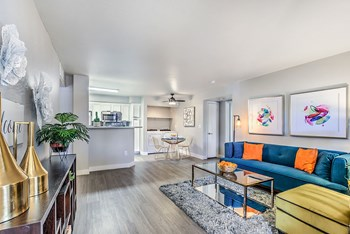 5280 West Hacienda Ave 2 Beds Apartment for Rent Photo Gallery 1
