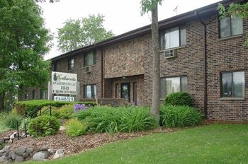 11513 W Brown Deer Rd 2 Beds Apartment for Rent Photo Gallery 1