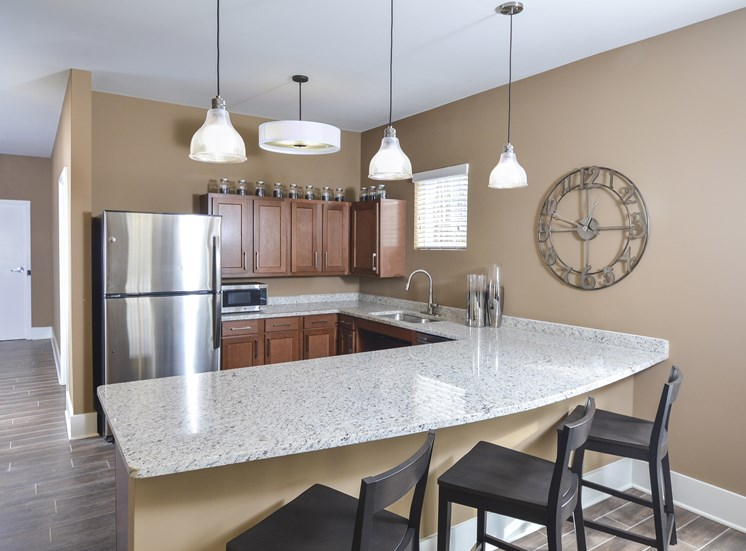 Laminate Counter Tops at Tiffin Pointe, Tiffin, OH 44883
