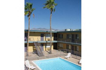 1815 E. Speedway Boulevard Studio-2 Beds Apartment for Rent Photo Gallery 1
