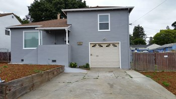108 Hermosa Ave. 2 Beds House for Rent Photo Gallery 1
