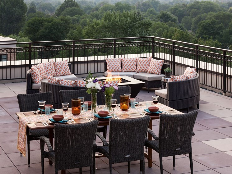 Kent Place Residence_Englewood CO_Rooftop Dining