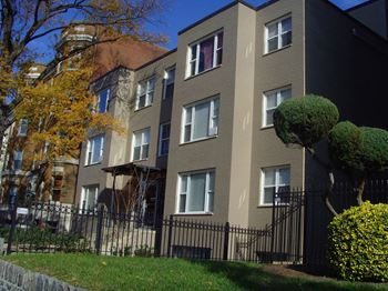 Rent Cheap Apartments In Washington Dc From 895 Rentcafe