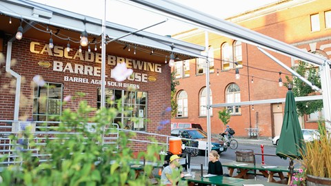 Walkable to Breweries | Modera Belmont Apartment Homes | Portland, Oregon | Central Eastside