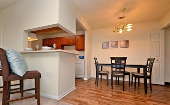 852 Garden Walk Blvd 1-3 Beds Apartment for Rent Photo Gallery 1