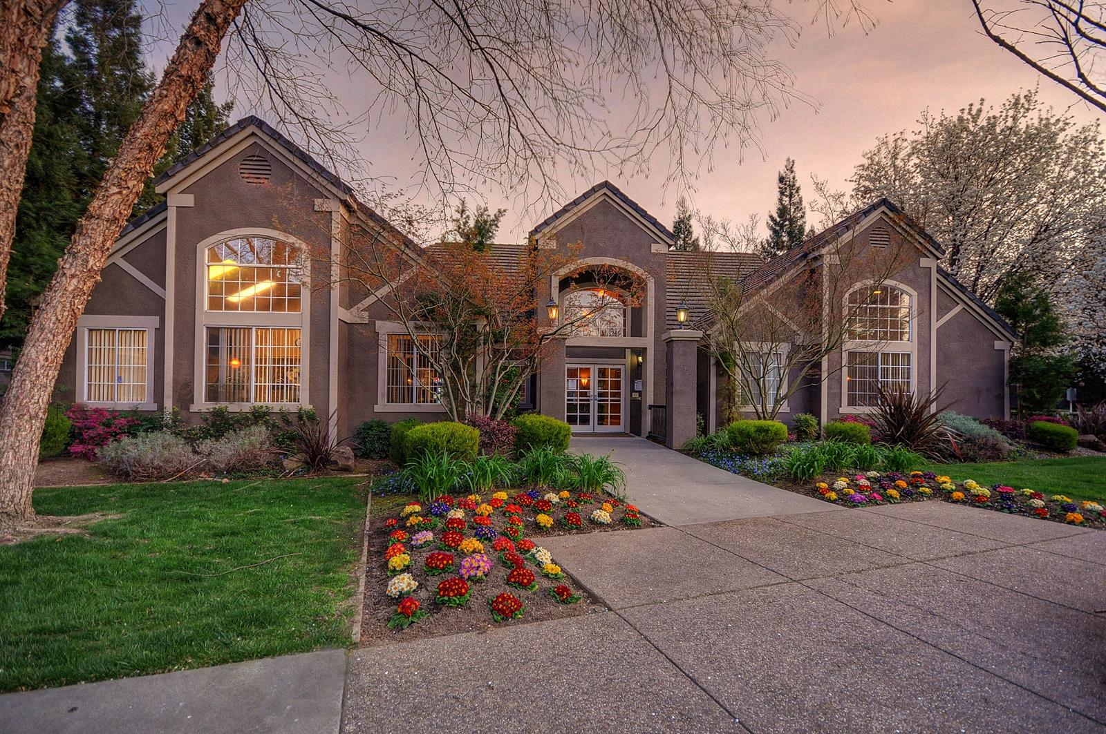 california home designs%0A Resort Style Community at Larkspur Woods Apartment Homes  Sacramento