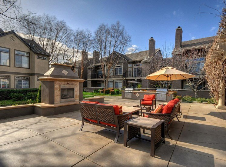 Poolside Sundeck and Grilling Area at Larkspur Woods Apartment Homes, CA, 95833