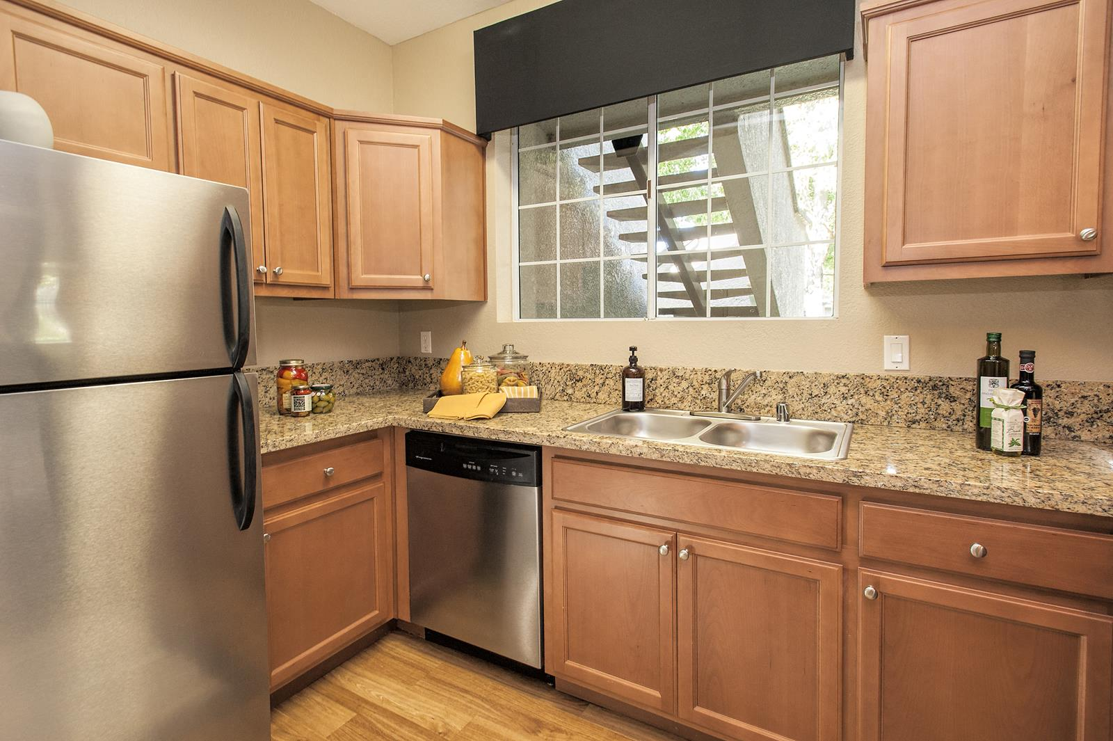 photos and video of larkspur woods in sacramento ca rh larkspurwoodsapartments com