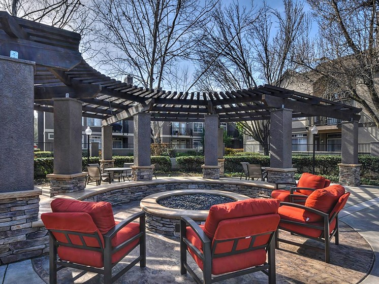 Poolside Sundeck and Grilling Area at Larkspur Woods Apartment Homes, California, 95833