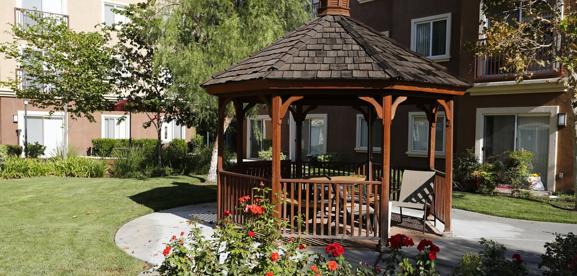 Canyon Country Senior Apartments in Santa Clarita, Ca l Gazebo