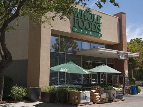 Whole Foods  l Davinci Apartments