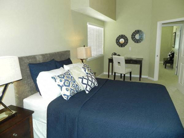 Bedroom  l Davinci Apartments