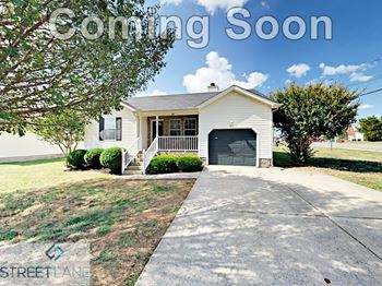 917 Tal Lane 3 Beds House for Rent Photo Gallery 1