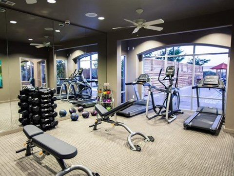 Fitness Room l Apartments in El Dorado Hills, CA l Lesarra Apartments