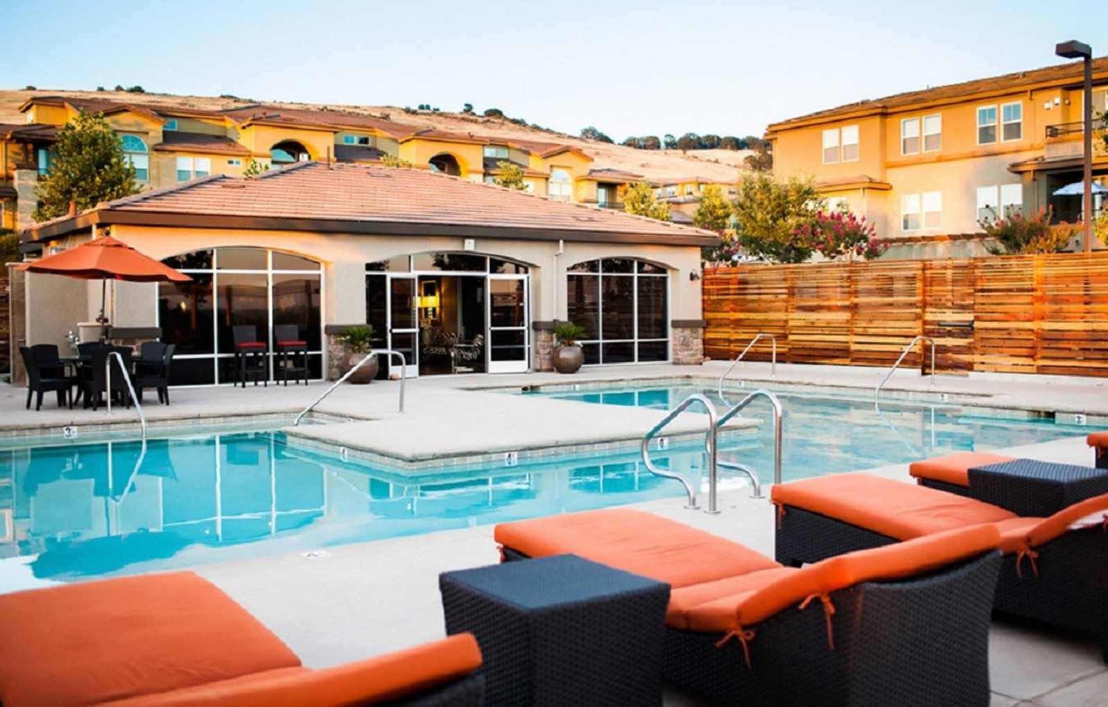 Pool and lounge chairs l Lesarra Apartment in El Dorado Hills Ca