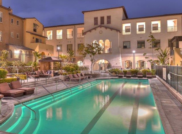 Apartments for Rent in Oceanside, CA - Piazza D Oro Townhome