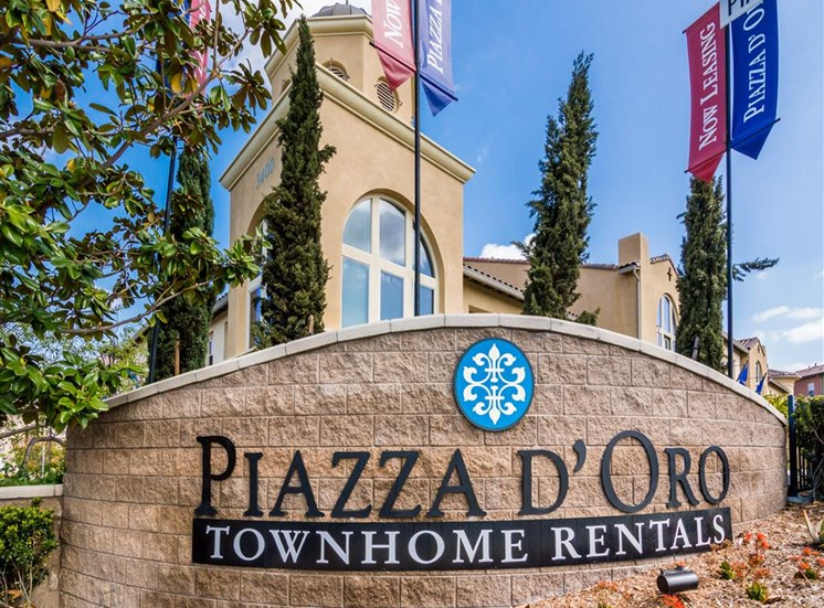 Apartments for rent  in Oceanside, Ca l Piazza D Oro Townhomes