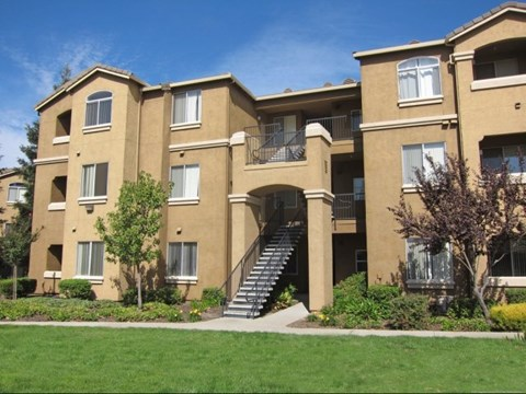 View of Our Apartments in Roseville, CA - Pinnacle at Galleria