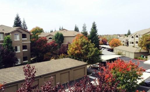 Roseville CA Apartmetns for Rent - Pinnacle at Galleria