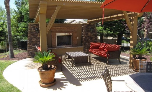 Roseville, CA Apartments for Rent - Pinnacle at Galleria Club Area