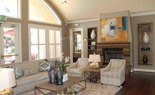 Apartments in Roseville, CA - Pinnacle at Galleria Club House