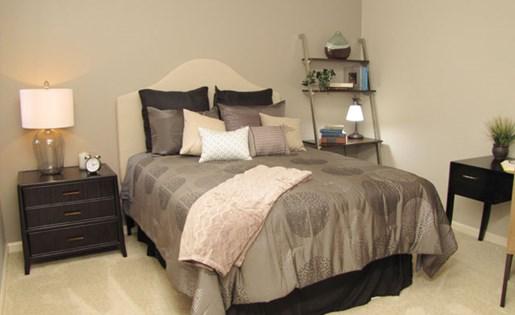 Apartments in Roseville, CA - Pinnacle at Galleria Bedroom