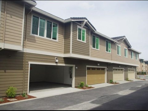 Garages available at The Reserve | Rohnert Park, CA