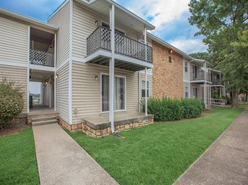 345 Burning Tree Dr. 1-3 Beds Apartment for Rent Photo Gallery 1