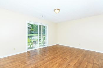 6731 East 119th St. 1-2 Beds Apartment for Rent Photo Gallery 1