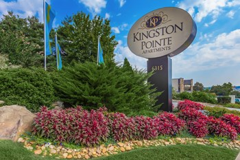 6315 Kingston Pike 1-3 Beds Apartment for Rent Photo Gallery 1