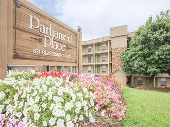 831 Glastonbury Road 1-2 Beds Apartment for Rent Photo Gallery 1