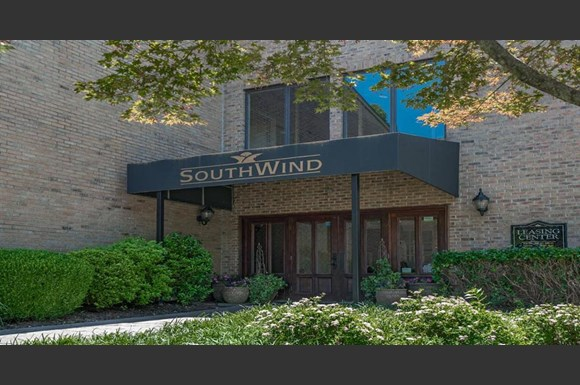 South Wind Apartments