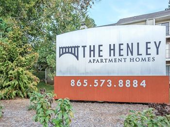 200 Highwood Ct. 1-2 Beds Apartment for Rent Photo Gallery 1