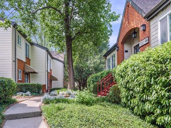403 Villages at Vanderbilt 1-3 Beds Apartment for Rent Photo Gallery 1