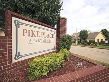 700 N Albert Pike Ave. 1-2 Beds Apartment for Rent Photo Gallery 1
