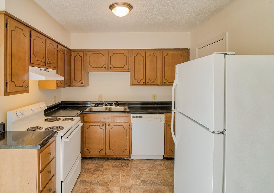 Photos and Video of Huntington Park Apartments in Hickory, NC