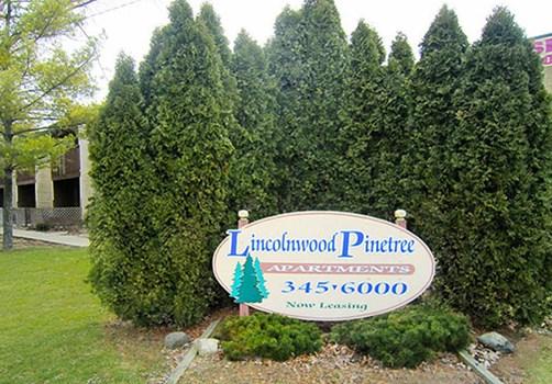 Lincolnwood Pinetree Apartments Community Thumbnail 1