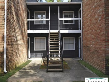 17710 Red Oak Dr. 1-3 Beds Apartment for Rent Photo Gallery 1