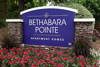 1800 Bethabara Pointe Cir. 2-3 Beds Apartment for Rent Photo Gallery 1