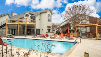 6250 GRANBURY CUT OFF 1-2 Beds Apartment for Rent Photo Gallery 1
