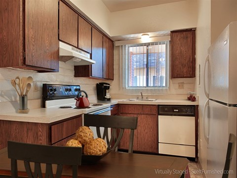 Spacious Kitchen with Pantry Cabinet at Fountain Plaza Apartments, Arizona, 85712