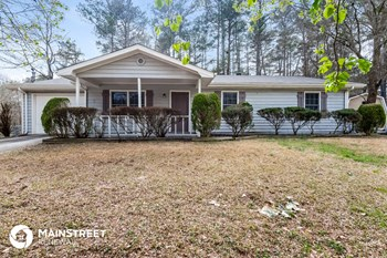 1274 Classic Dr NE 3 Beds House for Rent Photo Gallery 1