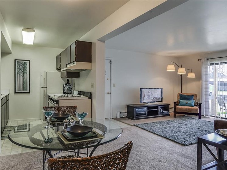 Open Floor Plan Apartments, The Orchards at Four Mile Located in Grand Rapids