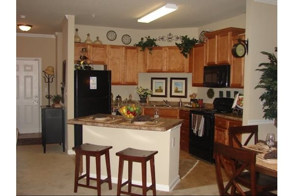 Legends at Oak Grove Apartment Homes Knoxville, TN 37918 Open Floor Plans with Kitchen Islands
