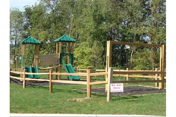 Legends at Oak Grove Apartment Homes Knoxville, TN 37918 Children's play park